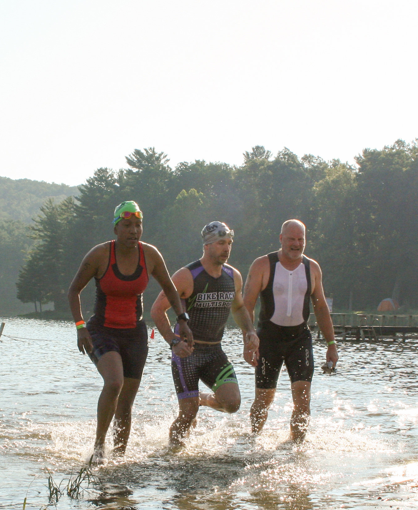 swimmers at Luray Triathlon