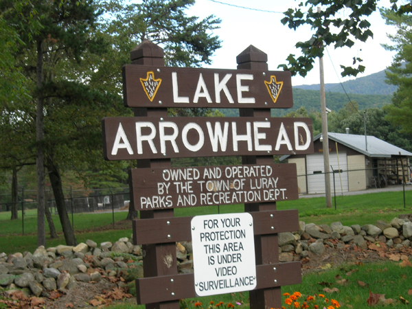 Lake Arrowhead Park sign